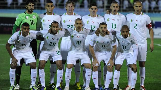 teamfoto voor Algerije